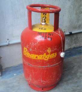I have available cylinder HP and Bharat