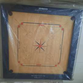 SYNCO Carom board in very good condition.