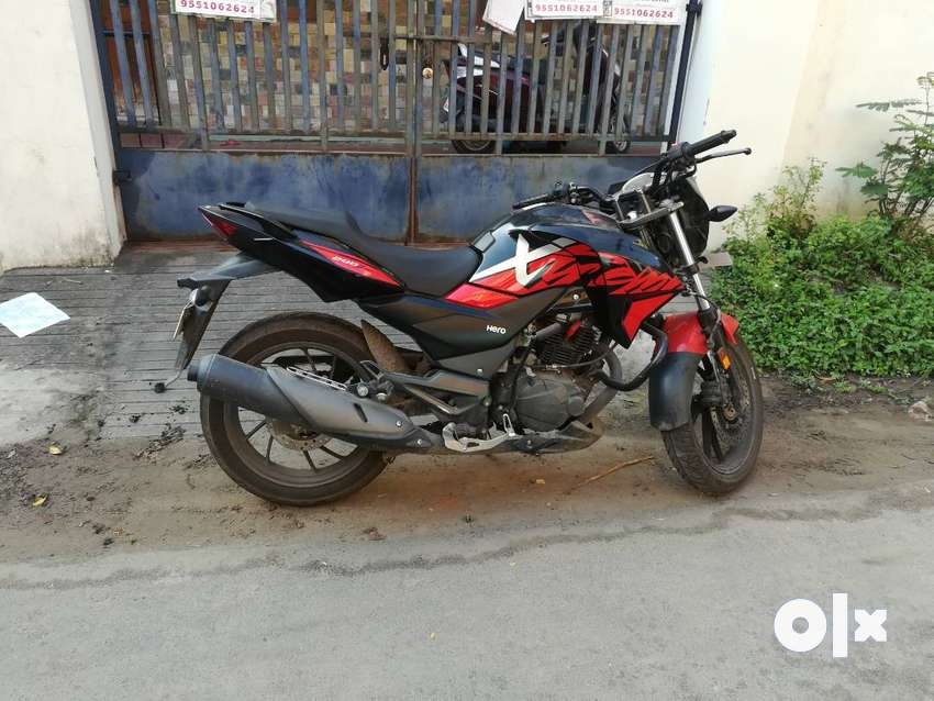 Powerful 200cc motorcycle 0