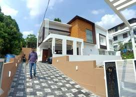 5.800 CENT WITH 2,600 SQUARE FEET NEW VILLA FOR SALE AT THRIKKAKKARA