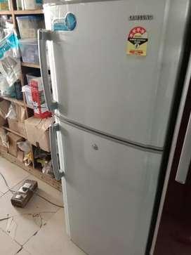 Samsung Frost Free Double door fridge