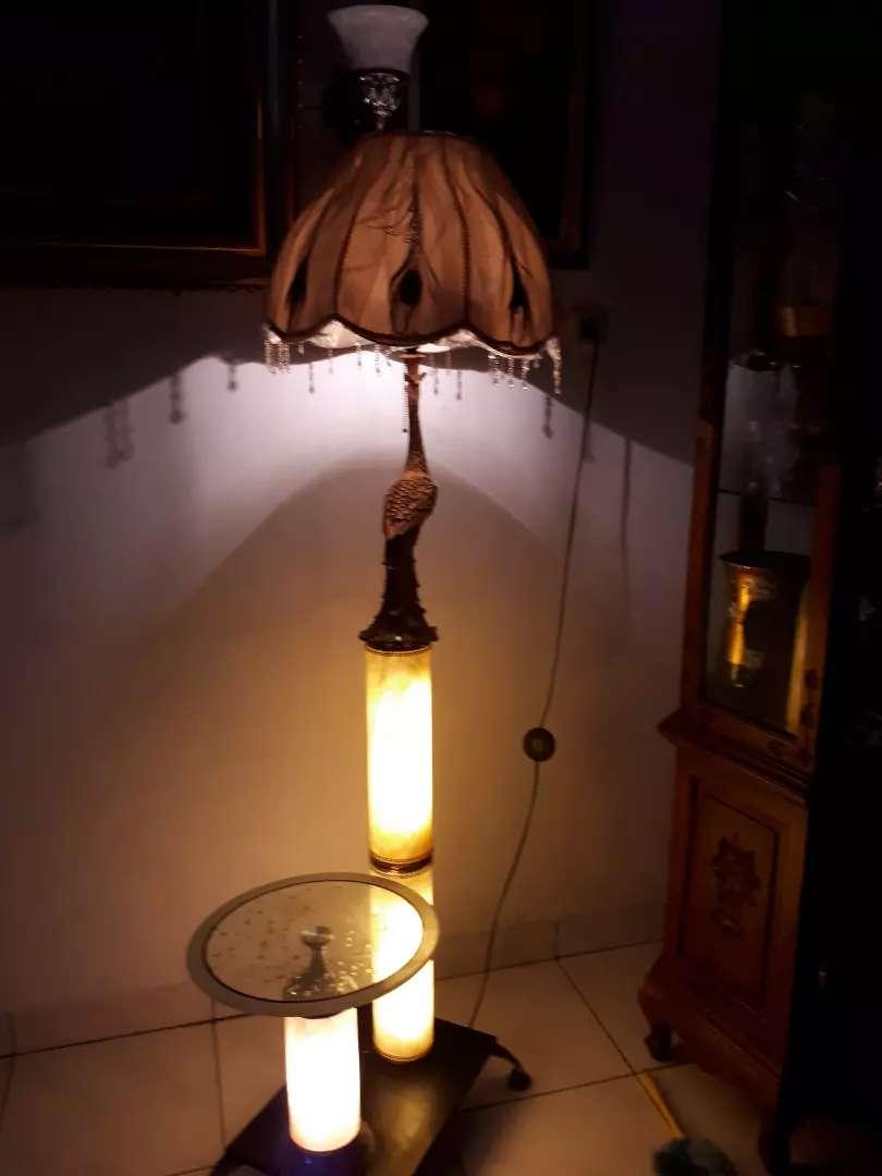 2 LAMPU BERDIRI ONYX BURUNG MERAK Tinggi dan pendek+MEJA ,T 175 cm,Jak
