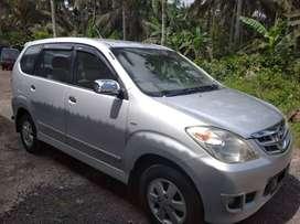 DIJUAL - Mobil Avanza Tahun 2010, Warna Silver, Asli Bali