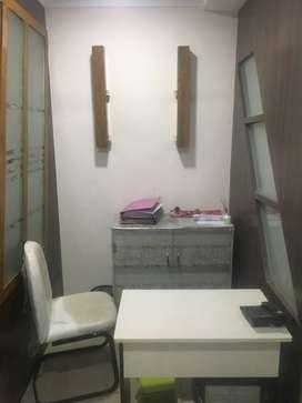 220 sqft furnished office for rent at new rajendra nagar
