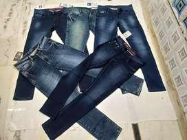 Jeans .tshirts