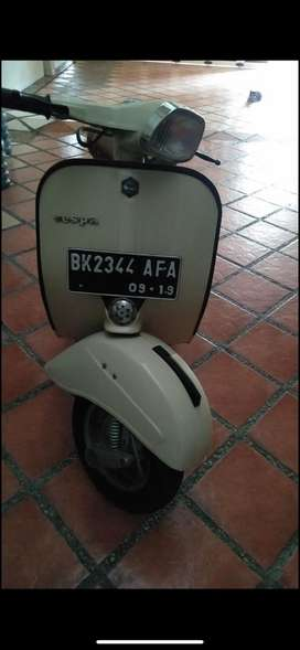Vespa Bajaj Deluxe
