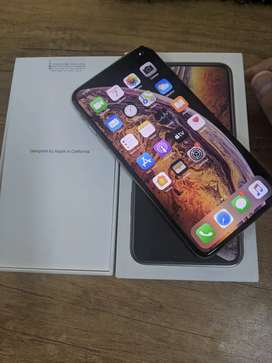iPhone XS Max 256 gb gold --4 month service warranty--
