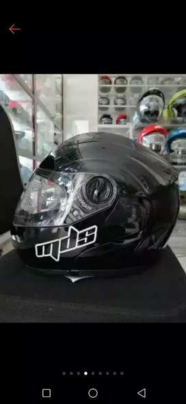 Helm MDS masih baru dan mulus