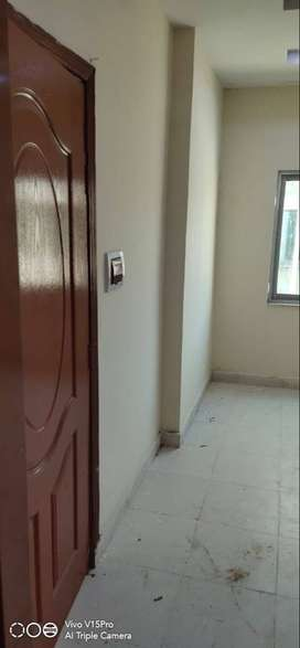 Single BED, Flat For Sale on Investor Flat, in Newly Build Plaza