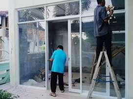 Almunium pintu jendela dan kaca