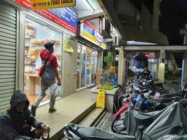 Disewakan kios ,lokasi paling rame dan strategis