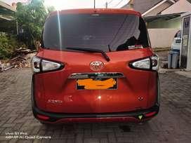 Di Jual Toyota Sienta V kondisi sangat terawat