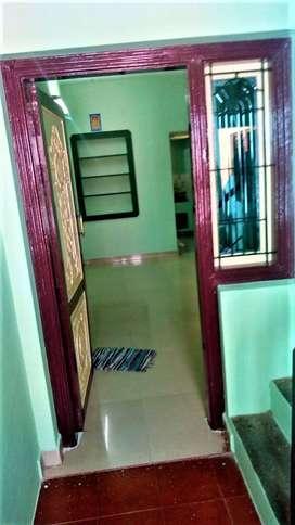 900sqft - 2 bedroom house for rent in Villapuram