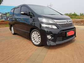 Vellfire ZG PS At 2014 Good Condition