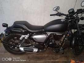 Benelli 200 evo hitam