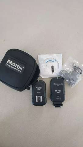 Trigger phottix ares like new