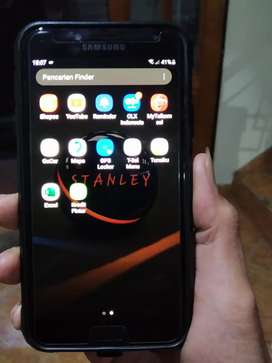 Jual Samsung J4 kondisi mulus 90%