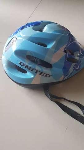 Barter helmet sepeda