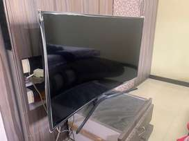 Samsung 49 inch 4k uhd curve tv at very less price