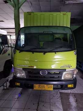 Hino dutro 110 sdl long box th 2011