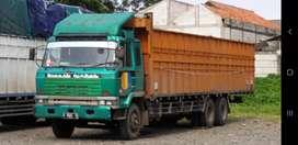 Nissan  truk 6x4