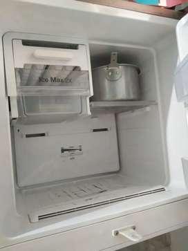 Samsung double door 3 Star fridge