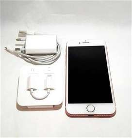 Three month old Apple i phone available in budget with all accessories