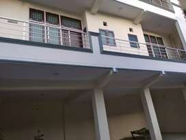 Two Room Flat For Rent Ist Floor with separte lat bath kitchn Rs7500/_