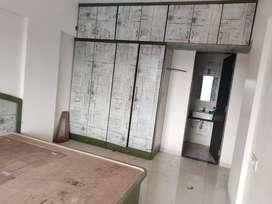 2bhk semi furnish flat on rent pune solapur road