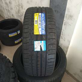 Ban mobil murah 245 45 R19 Accelera PHI-R