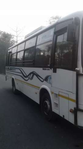 UltrA bus 37seater