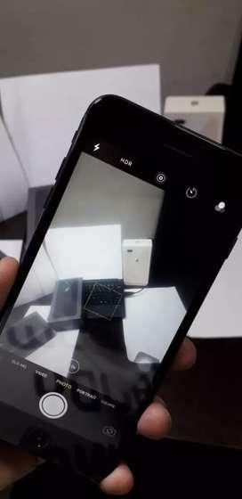 Apple i phone 8+