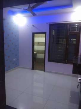 2bhk kothi floor on rent in zirakpur