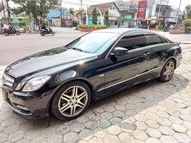 Mercedes-Benz E250 CGI AT