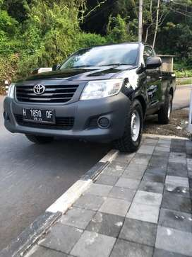 TOYOTA HILUX DIESEL 2013 PICK UP GOOD CONDITION