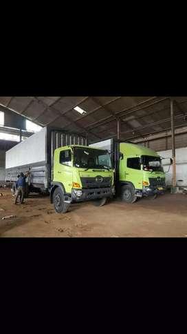 FL 235 JW truck wing box Jakarta selatan