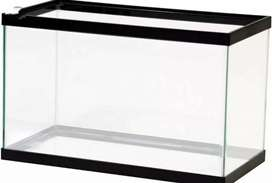 An aquarium with all its accessories is for sell