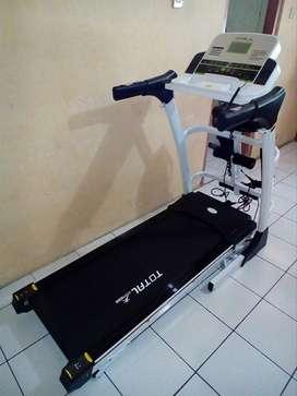 Treadmill Elektrik TL 630 Auto Incline Motor 2hp Untuk 150kg