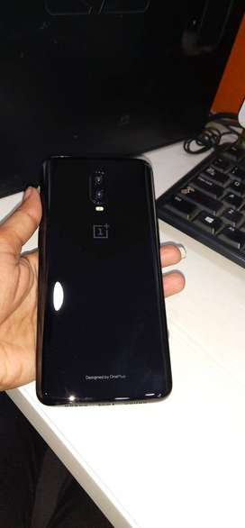 one plus 6t with bill box and accessories with warrenty
