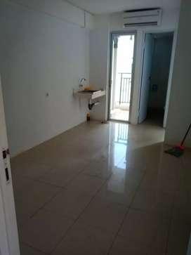 Dijual unit 2BR kosongan Lt rendah apartemen bassura city Atas Mall