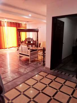 2 bedroom apartment fully furnish in bahria town Lahore