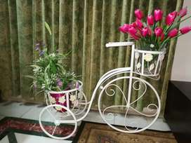 Flower decoration cycle