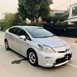 Get Toyota PRIUS 2015 on easy installments on 6% markup only from MGi.