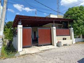 Rumah di kompleks green raflesia Meninting