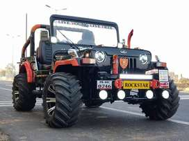 Willys jeep orange