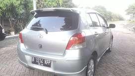 Toyota Yaris E Th 2010 a/t Silver Keren Tdp 10 Juta