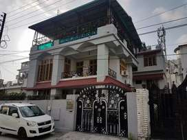 House for sale in main Nehru colony