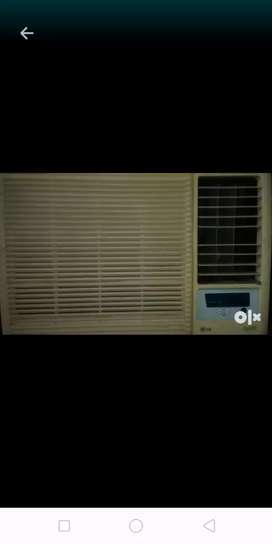 Window air conditioner LG
