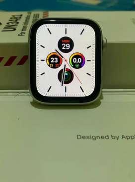 iWatch Apple Watch Series 4 - 44mm Silver GPS CEL Istimewa Full Set