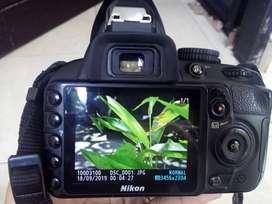 Nikon DSLR 3100.
